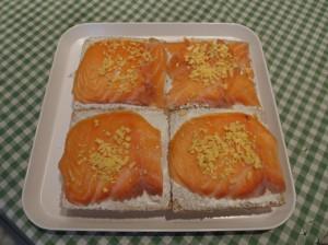 Pastel frío con Salmón ahumado (tipo sándwich)