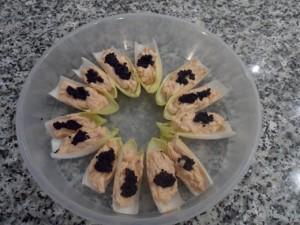 Mousse de salmón con barquitas de endibias