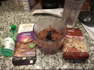 Crema de chocolate con almendras o avellanas