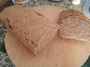 Pan de molde casero con avena