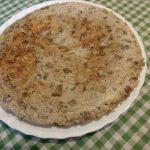 Tortilla de berenjena, cebolla y atún